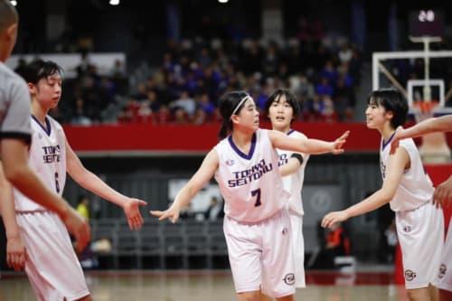 女子1回戦:県立岐阜商業vs東京成徳大学